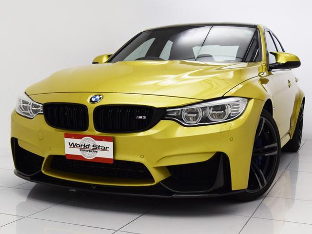 BMW M3  オプション19インチAW カーボンインテリア