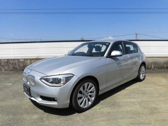 BMW 1シリーズ 120i Style (車検整備付)