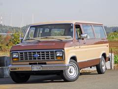 フォード エコノラインCLUB WAGON XLT
