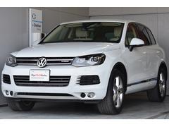 VW トゥアレグハイブリッド 白革内装 ワンオーナ ナビ DWA保証1年付