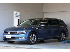 VW パサートヴァリアントTSIハイライン パノラマルーフ 純正ナビ カメラ 新車保証