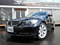 BMW335iツーリング パノラミックルーフ ベージュ革シート
