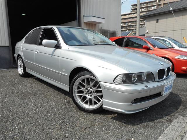 BMW 530iハイラインBBS18  Individual青革