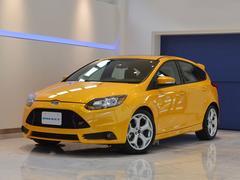 ヨーロッパフォード フォーカスST 国内未導入モデル 6速MT 純正レカロ