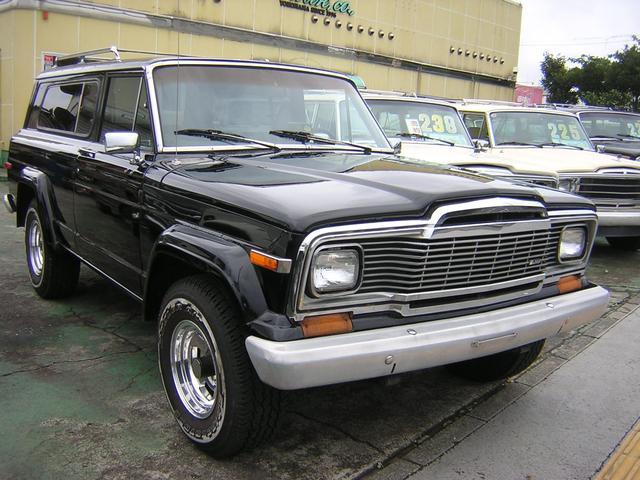 70年代希少ジープチェロキーチーフ入庫!パートタイム4WD・1ナンバー登録・運転席パワーシート・オーディオ付き