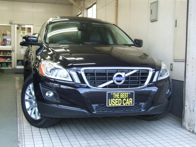Photo of VOLVO XC60 T6 SE AWD / used VOLVO