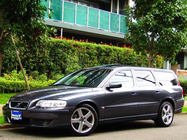 ボルボ V70 R 特別限定車 HIDヘッドライト モール同色 H...