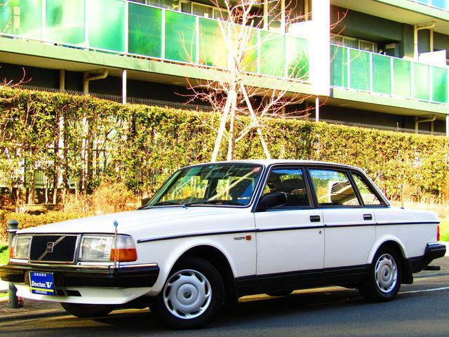 ボルボ 240 GL 当店買取車 ブルーインテリア (なし)