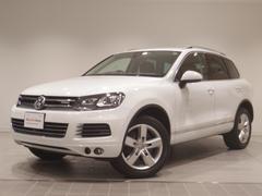 VW トゥアレグハイブリッド エアサス 純正HDDナビ 黒革メモリー機能付