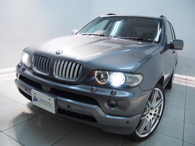 BMW 3.0i黒革パノラマSR純HDDナビ22AW同色ペイント