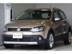 VW ポロクロスポロ ナビ Rカメラ 登録済未使用車 新車保証継承