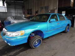 リンカーン タウンカー国内新規LA出身フルコンプリート車 フレームオフフルラップ