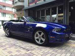 フォード マスタング V8 GTコンバーチブル プレミアム ナビ ETC付(フォード)