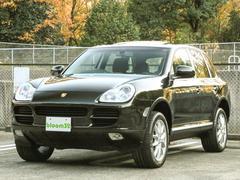 ポルシェ カイエンベースグレード ディーラー車 6速MT 2006年モデル