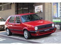 VW ゴルフアーバンエリート・レザーシート・左ハンドル