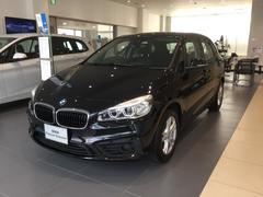 BMW218dアクティブツアラー パーキングサポート付き