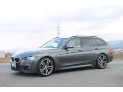 BMW320dツーリングMスポーツ パノラマルーフ 黒革 1オーナ