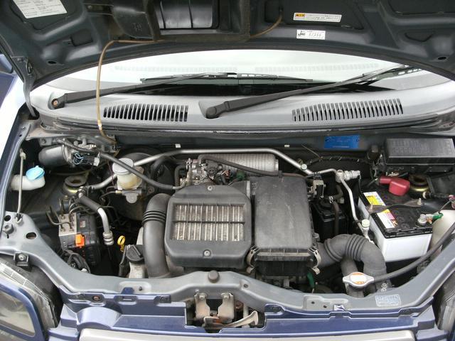 ご購入頂いたお車は4000キロもしくは4カ月毎エンジンオイル交換無料!!