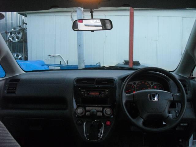 *運転のしやすさと操作性の良いスイッチ類です!!楽しいドライブには先ず楽々運転出来る車を選ぶ事も重要なポイントです!!詳しくはエムズスタッフまでお気軽に声をかけて下さい!!