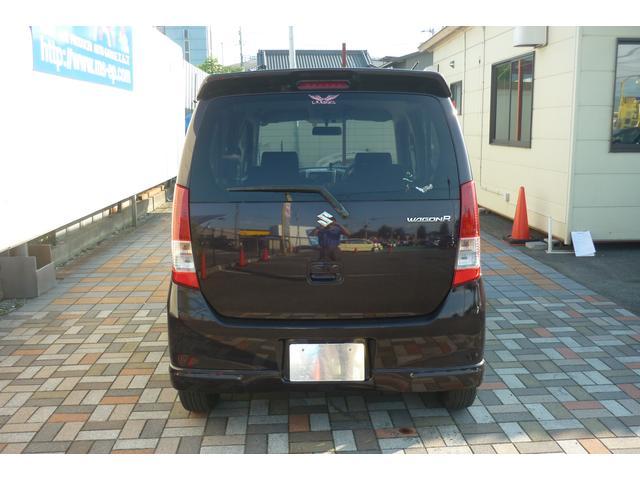 *エムズは県下最大級の大型展示場に常時150台以上の豊富な良質車を揃えてお客様をお待ちしております!!