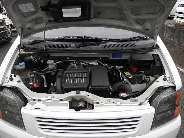 クリーニングが綺麗にされていますからエンジンも快調ですv(*'−^*)bエンジンオイルなどマメに交換して大事に乗って頂きたいですね(*^_^*)