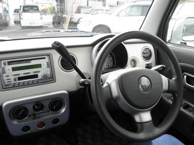 運転周りをすっきり見せてくれるコラムAT(^^♪とっても運転しやすいです☆⌒d(*^ー)b グッ!!お気に入りの曲を流してドライブへGO(/*⌒−⌒)o レッツゴー♪