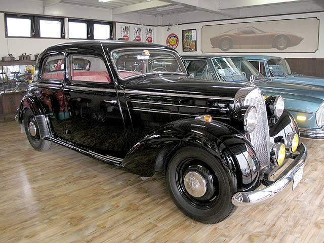 博物館級の数少ない車 コラムミッション昭和28年当時のディーラー車 ディーゼルエンジン