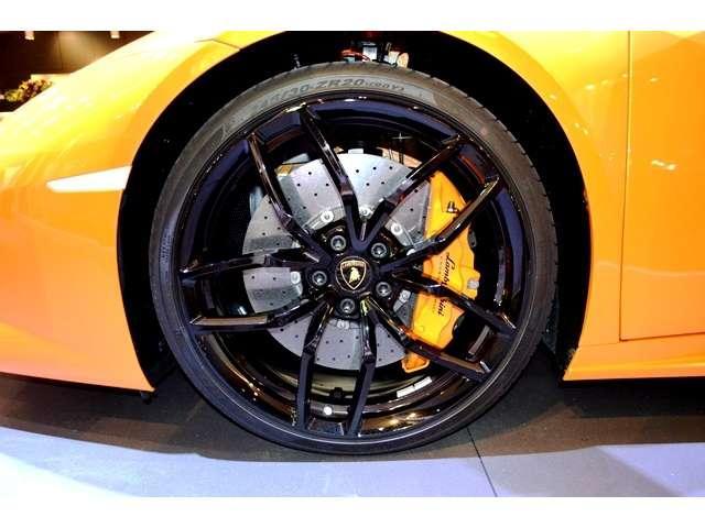 メーカーオプション:鍛造Mimas20incハイグロスブラック・ペイントホイール