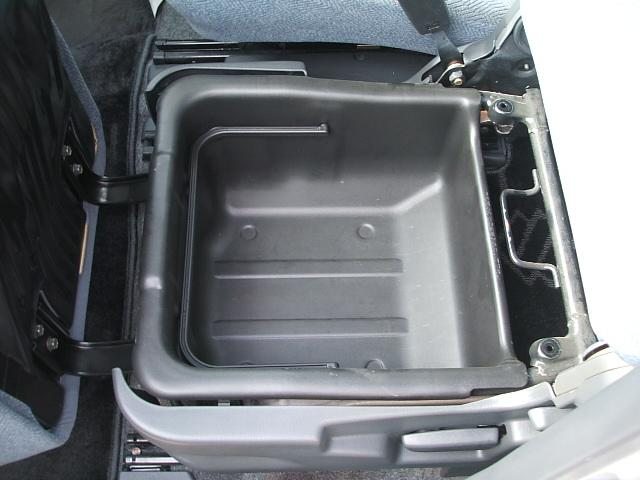 内装こだわりのクリーニング済みです!安くても手は抜きません(笑)全車全力で掃除してありますので、一度確認しに来てくださいね。愛知 大治 格安 軽四 安い 中古車 ジーフリー  G−FREE