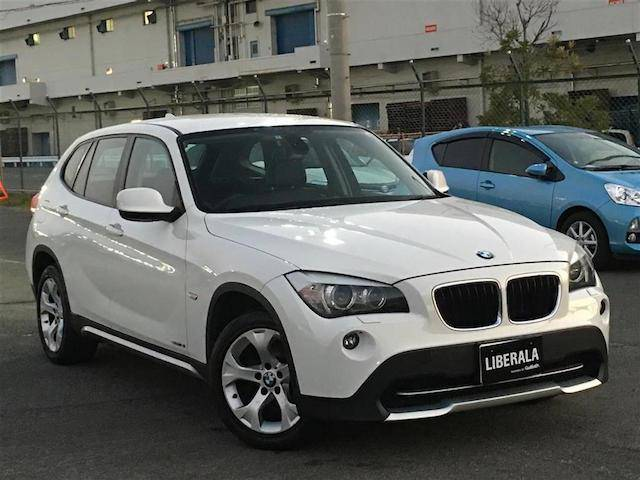 BMW X1 sDrive 18i (なし)