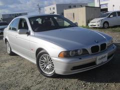 BMW5シリーズ 革シート HID DVDナビ キーレス