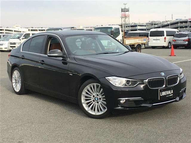BMW 3シリーズ  (検30.5)