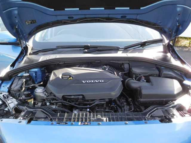 ボルボ V60 SE