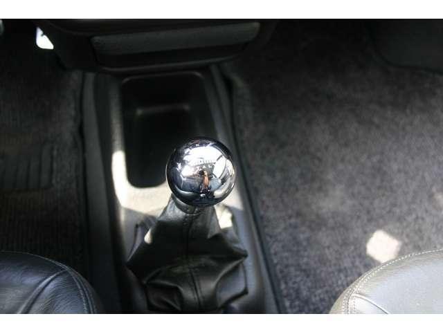 プジョー プジョー 106 S16 左ハンドル 5速マニュアル キーレス