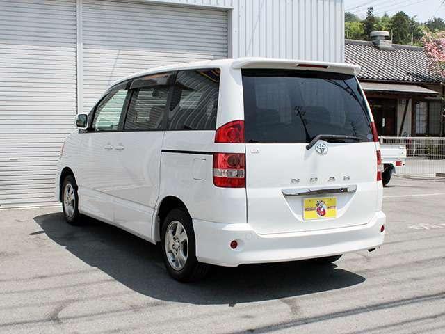 当社の仕入れに関しましては、日本自動車査定協会の査定試験に合格した査定士が厳重に検査をした上で展示場に並べております。