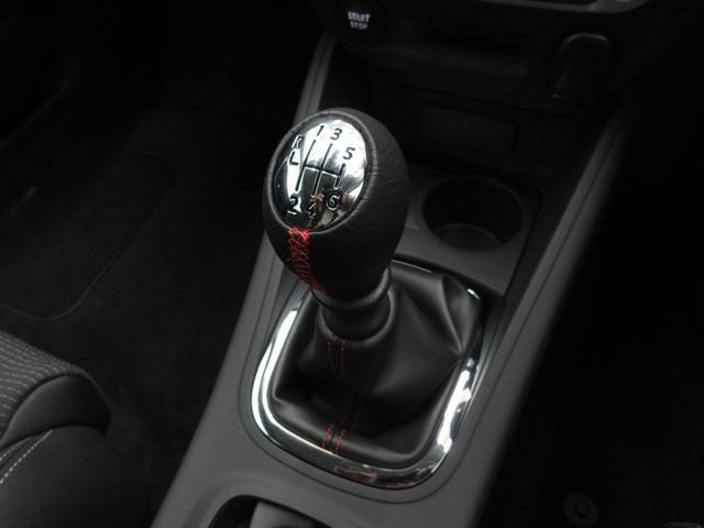 GT220登録済未使用車6MT新車保証継承18AWクルコン(10枚目)