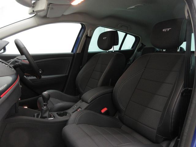 GT220登録済未使用車6MT新車保証継承18AWクルコン(13枚目)