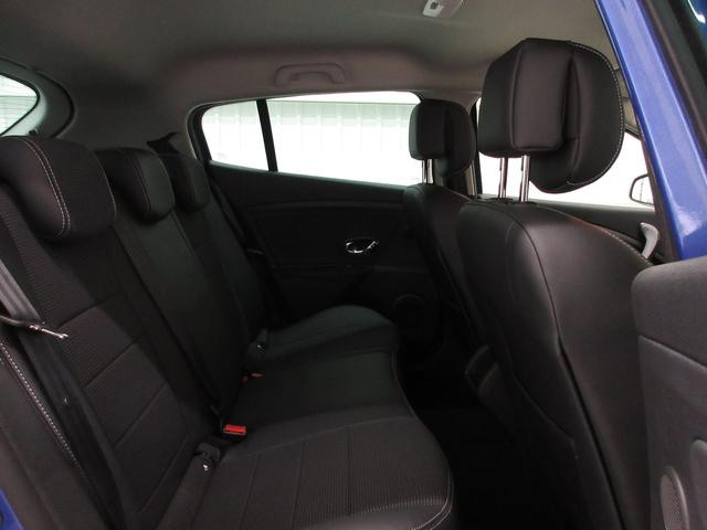 GT220登録済未使用車6MT新車保証継承18AWクルコン(17枚目)