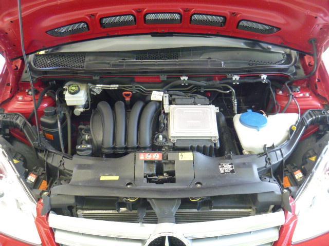 メルセデス・ベンツ M・ベンツ A180エレガンスLUX-PパッケージOPII黒本革純HDD