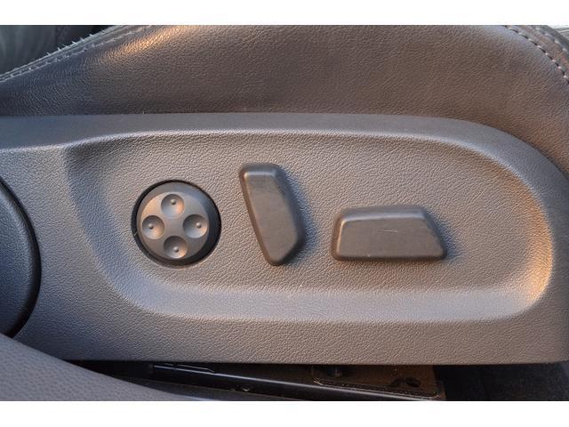 フォルクスワーゲン VW ゴルフヴァリアント 2.0TSI スポーツライン 革シート シートヒーター