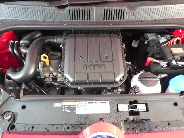 出力75ps、トルク9.7kgmを発揮する1.0リッターの3気筒エンジン。お電話0066−9700−8191までお気軽にお問い合わせ下さい。