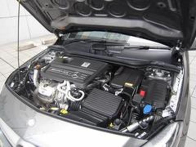メルセデスAMG メルセデスAMG A45 AMG 4MATIC
