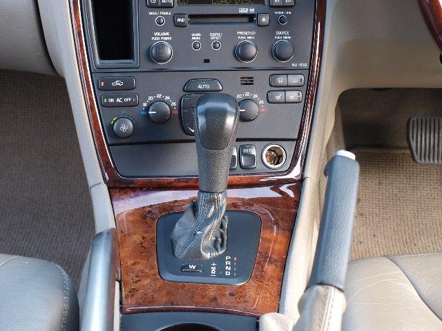 ボルボ ボルボ XC70 2.5T ノルディックエディション