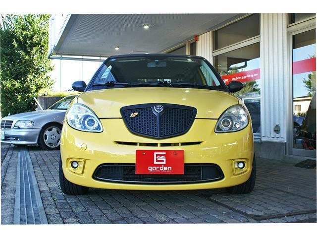 珍しいお車が委託販売となりました、通好みに仕上がったランチァイプシロンの限定車モモデザインノーマルからタコ足/ワンオフマフラー/ビルシュタイン車高調/リジカラ/リデュ−サー/