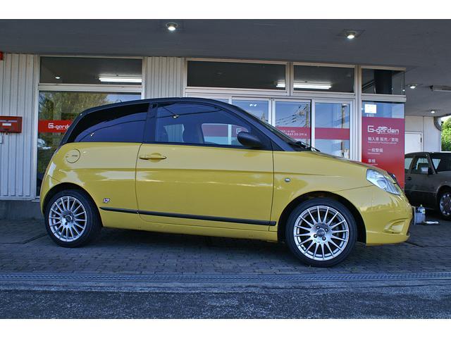 新車時にガレージ伊太利亜が徳大寺にレポートを受けた車両です