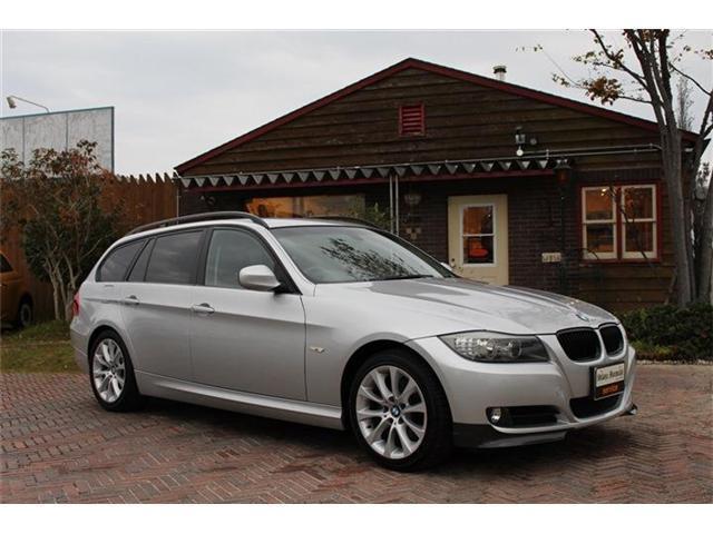 BMW 3シリーズ 320iツーリング (検30.6)