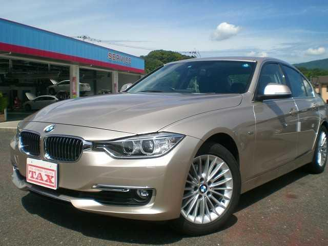 BMW 3シリーズ 2.0 320i Luxury (検30.1)