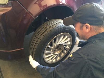 タイヤ交換承ります。