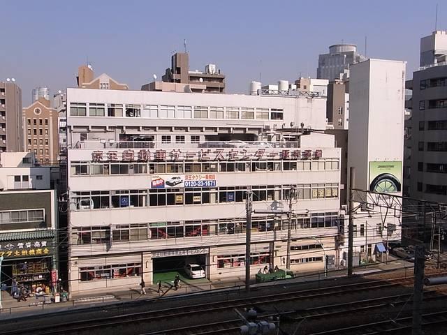 恵比寿駅に近い便利な立地です。輸入車整備はぜひお任せください!