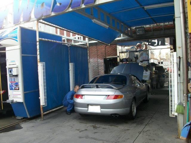 洗車仕上げスペース